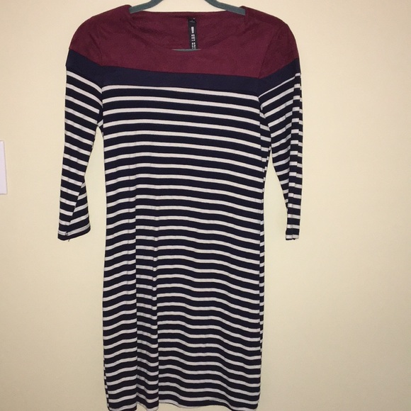 Design Lab Lord & Taylor Dresses & Skirts - Design Lab Lord and Taylor long sleeve dress